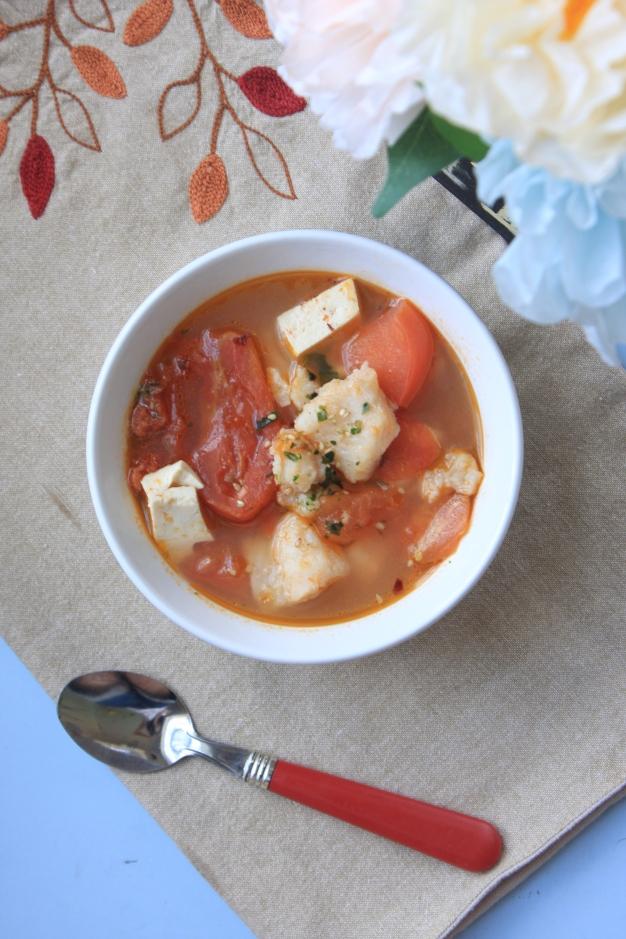Bass tofu tomato soup