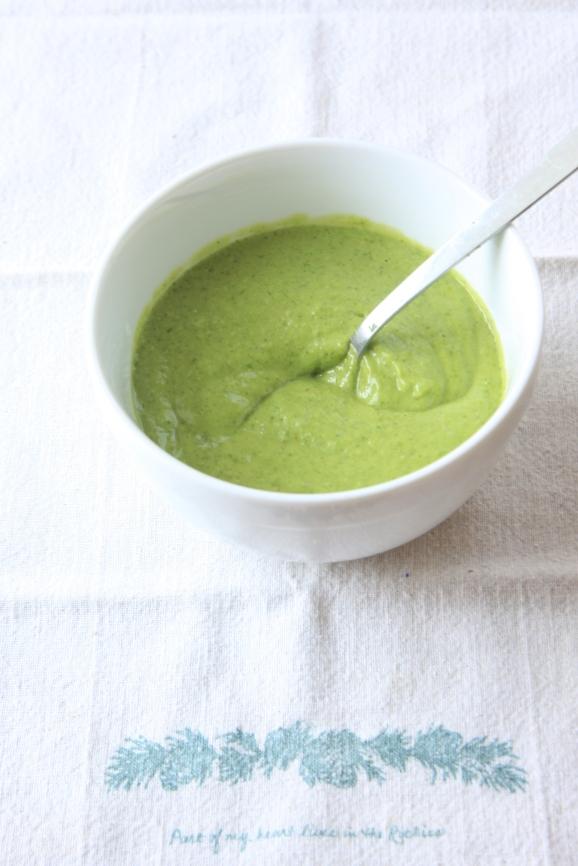 kale salmon salad+ Creamy avocado sauce3